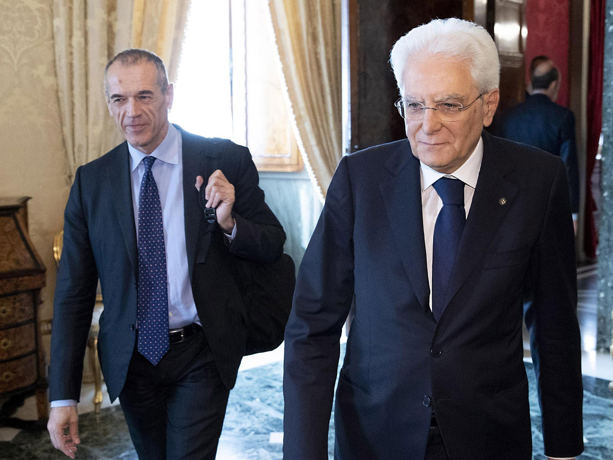 Italy crisis: Potential prime minister fails to get support for stop-gap government as markets plunge