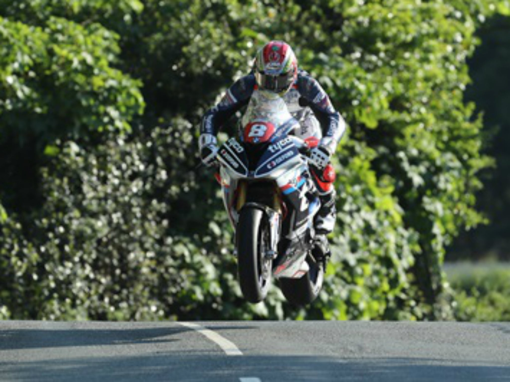 Dan Kneen dead: Isle of Man TT rider dies in superbike practice