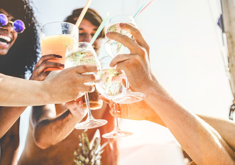 85cec0c2978 How to enjoy alcohol and still reach your fitness goals | The ...