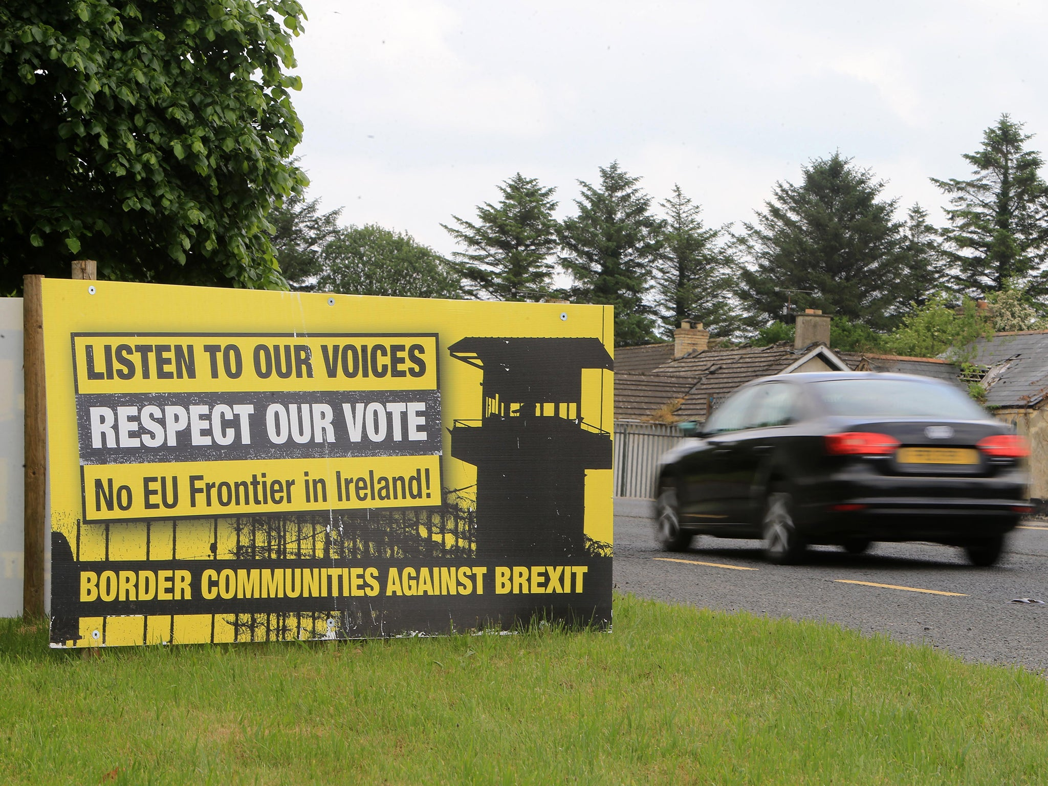 No UK proposal to solve Irish border Brexit issue until 'next month', minister says
