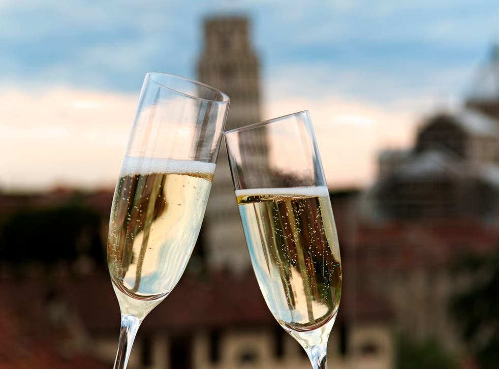 Wetherspoons will replace champagne with British sparkling wines as Brexit approaches