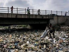 Planet is being 'swamped' by plastic waste, says UN chief