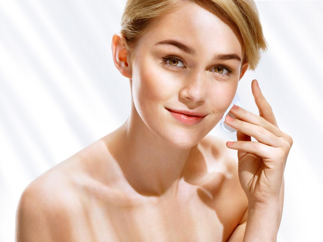 Five Ways To Update Your Skincare Routine For Summer