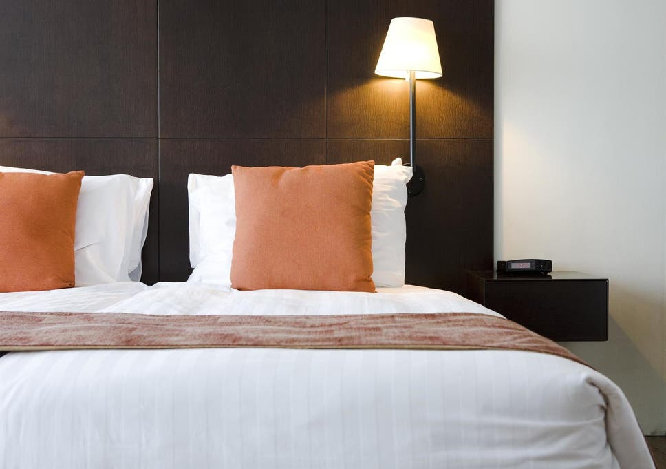How To Tell If There Are Bed Bugs In Your Hotel Room The Independent