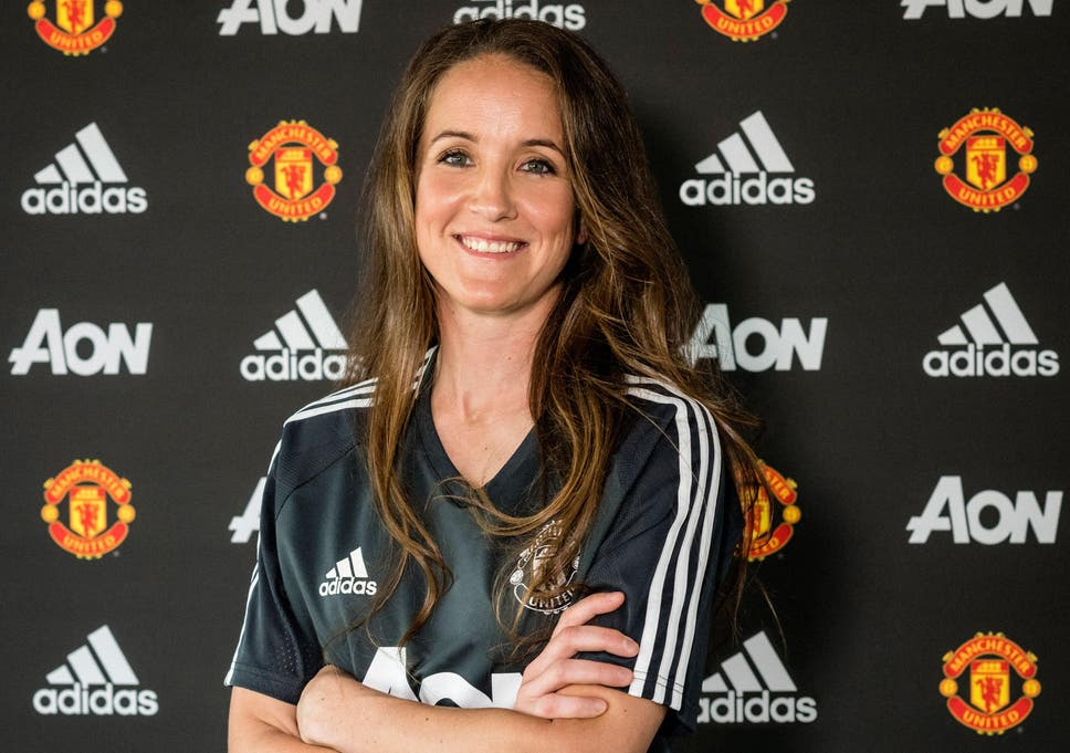 The 38-year old daughter of father (?) and mother(?) Casey Stoney in 2020 photo. Casey Stoney earned a  million dollar salary - leaving the net worth at  million in 2020