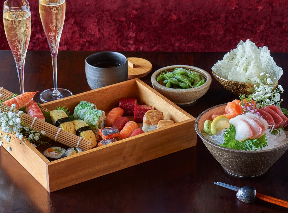 The starters selection – salted edamame, miso soup, rice crackers, sushi platter and sashimi – is easily a whole brunch in itself