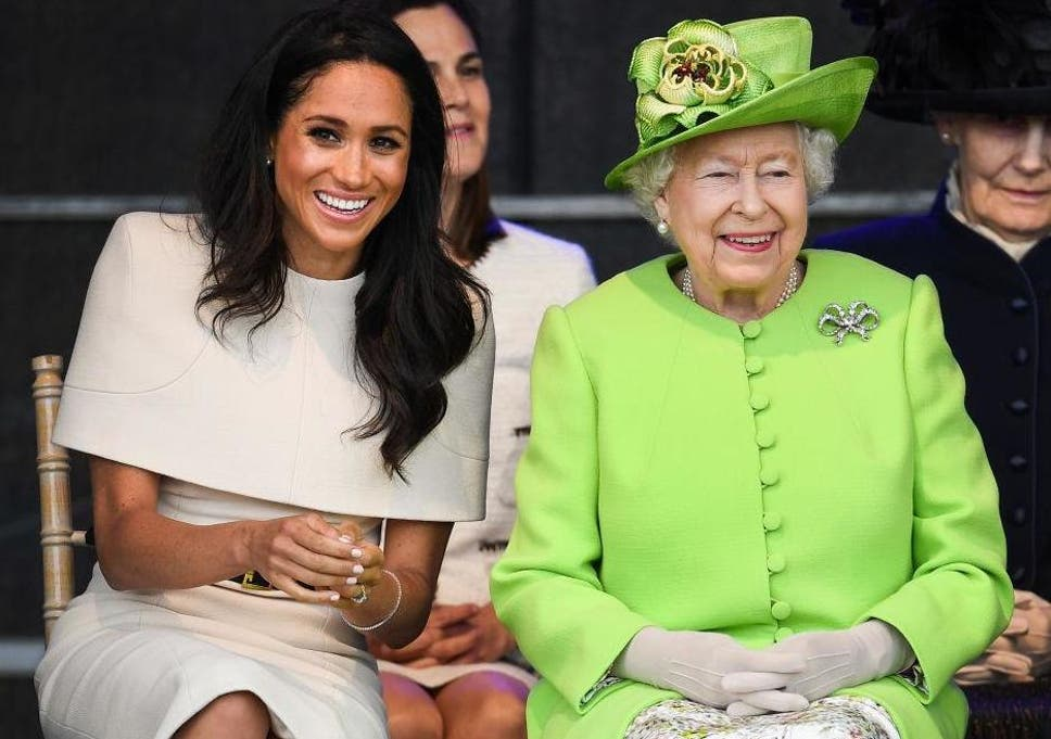 b583c83e076 Why Meghan Markle co-ordinates her fashion choices with the Queen ...