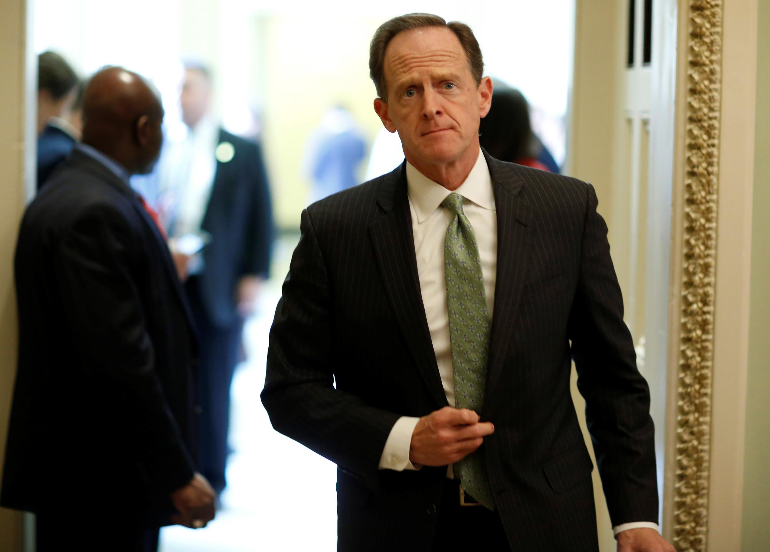 Republican senator Pat Toomey says migrant family separations 'exaggerated', then admits he has no idea and maybe it's happening a lot