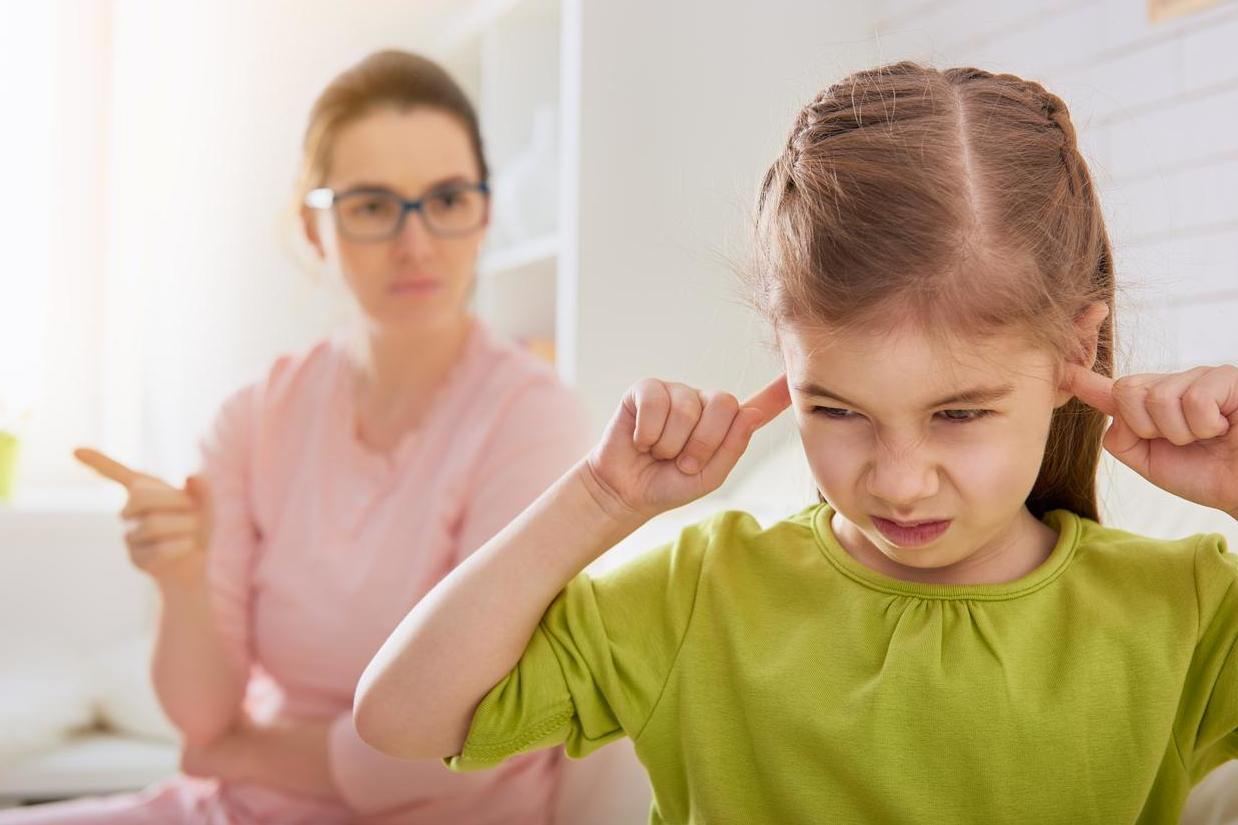 'Helicopter parenting' linked to behavioural problems in children, finds research | The Independent