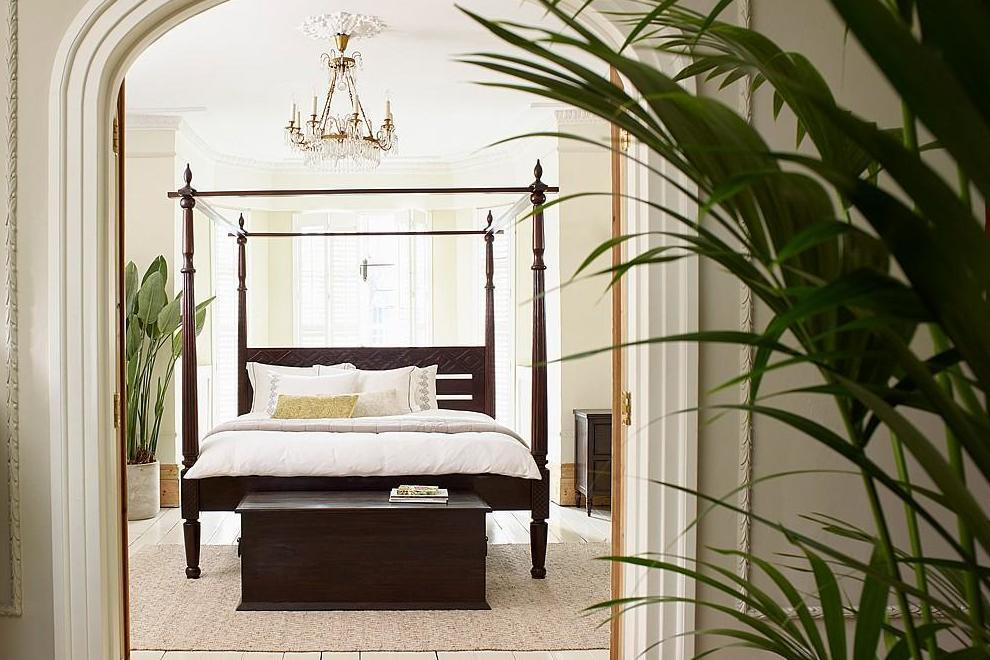 Edwardian (1901-1910) Independent Antique/vintage Carved French Oak Double Bed