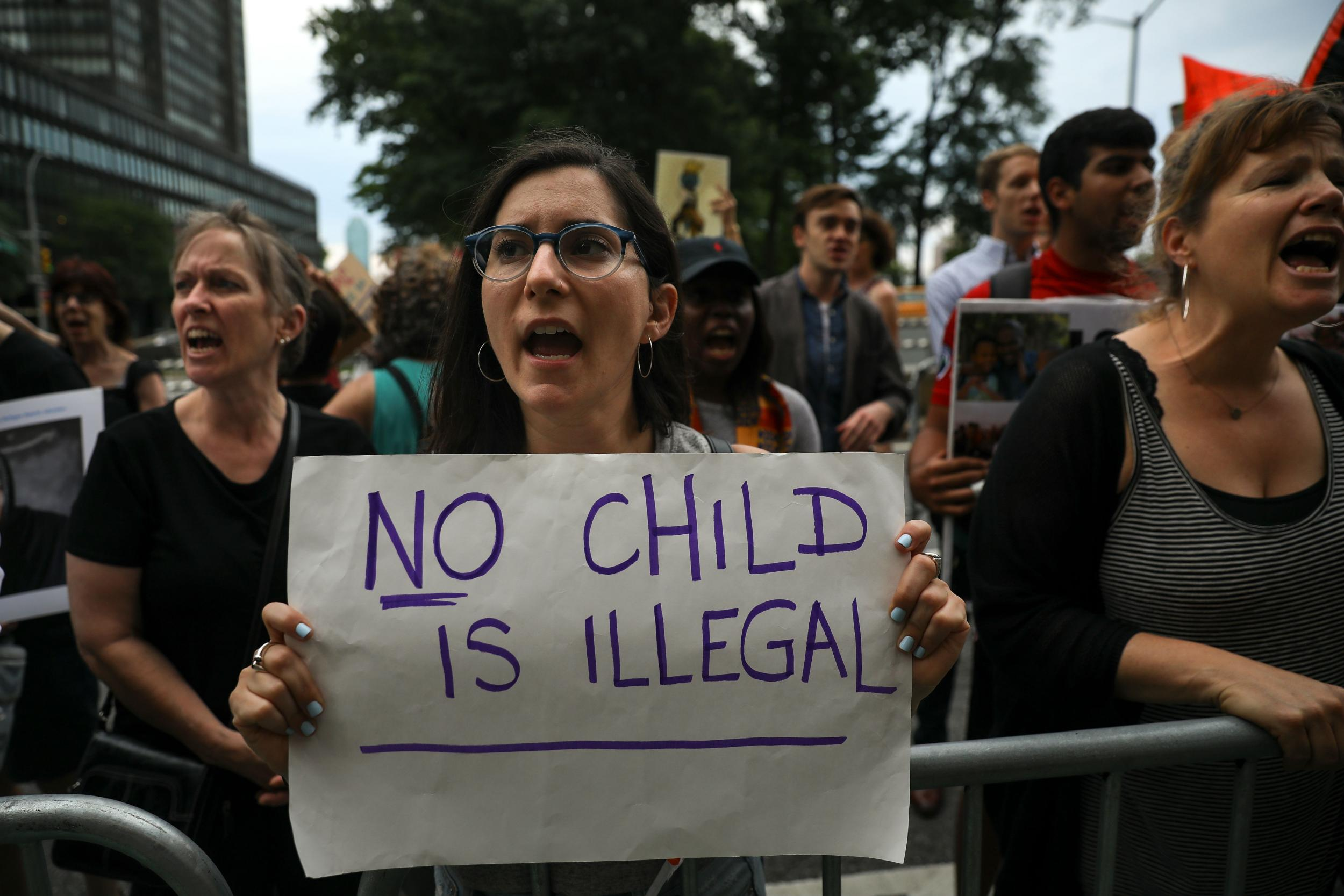 Questions raised over Trump's quick-fix end to separating migrant families as republicans struggle to pass bill