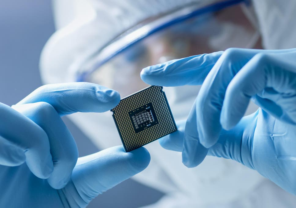 Thousands of Swedes are inserting microchips into themselves