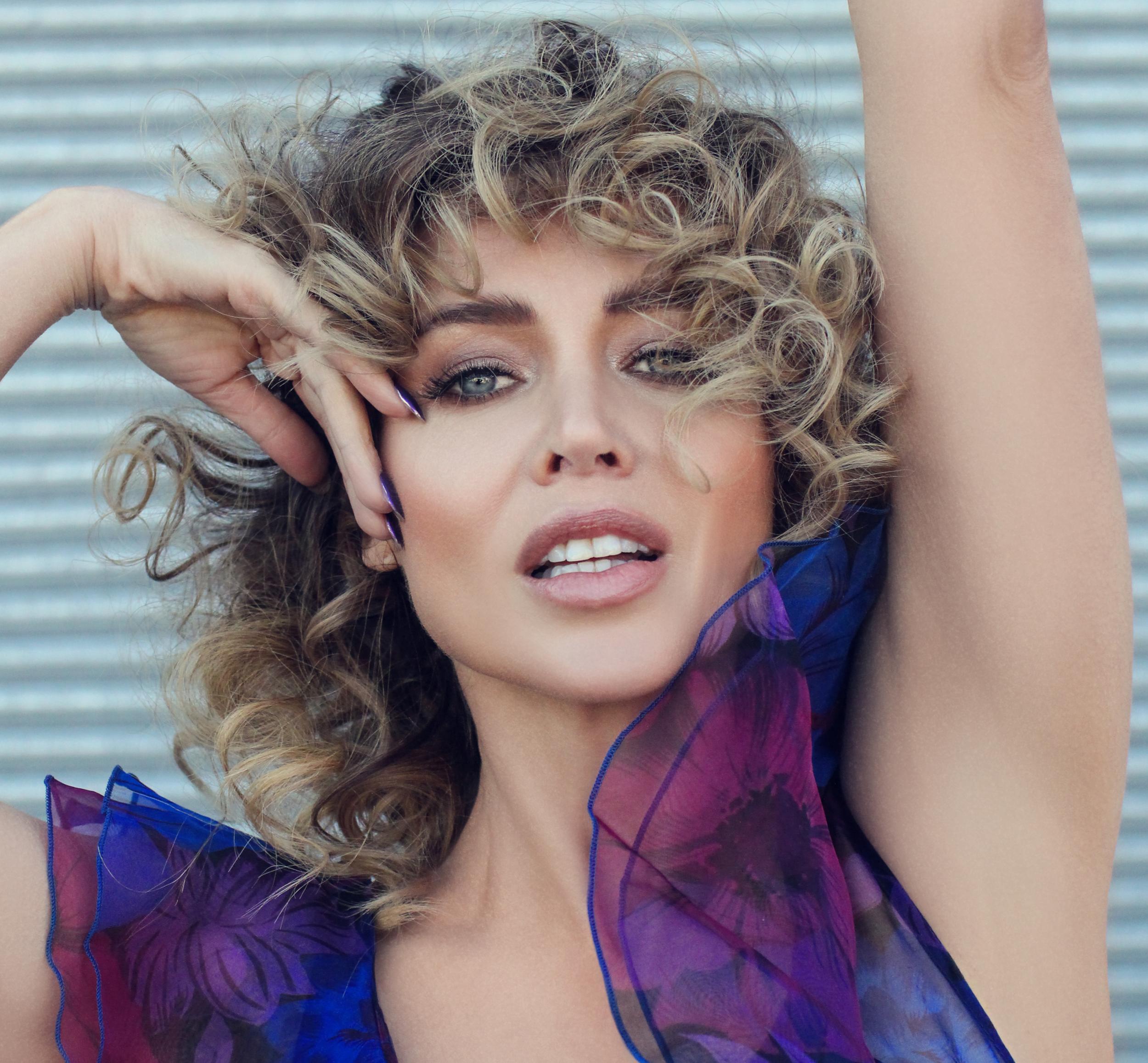 Dannii Minogue nude (38 photo), Sexy, Hot, Feet, bra 2015