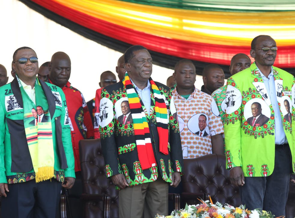 President Emmerson Mnangagwa (centre) addresses supporters in Bulawayo before the explosion.