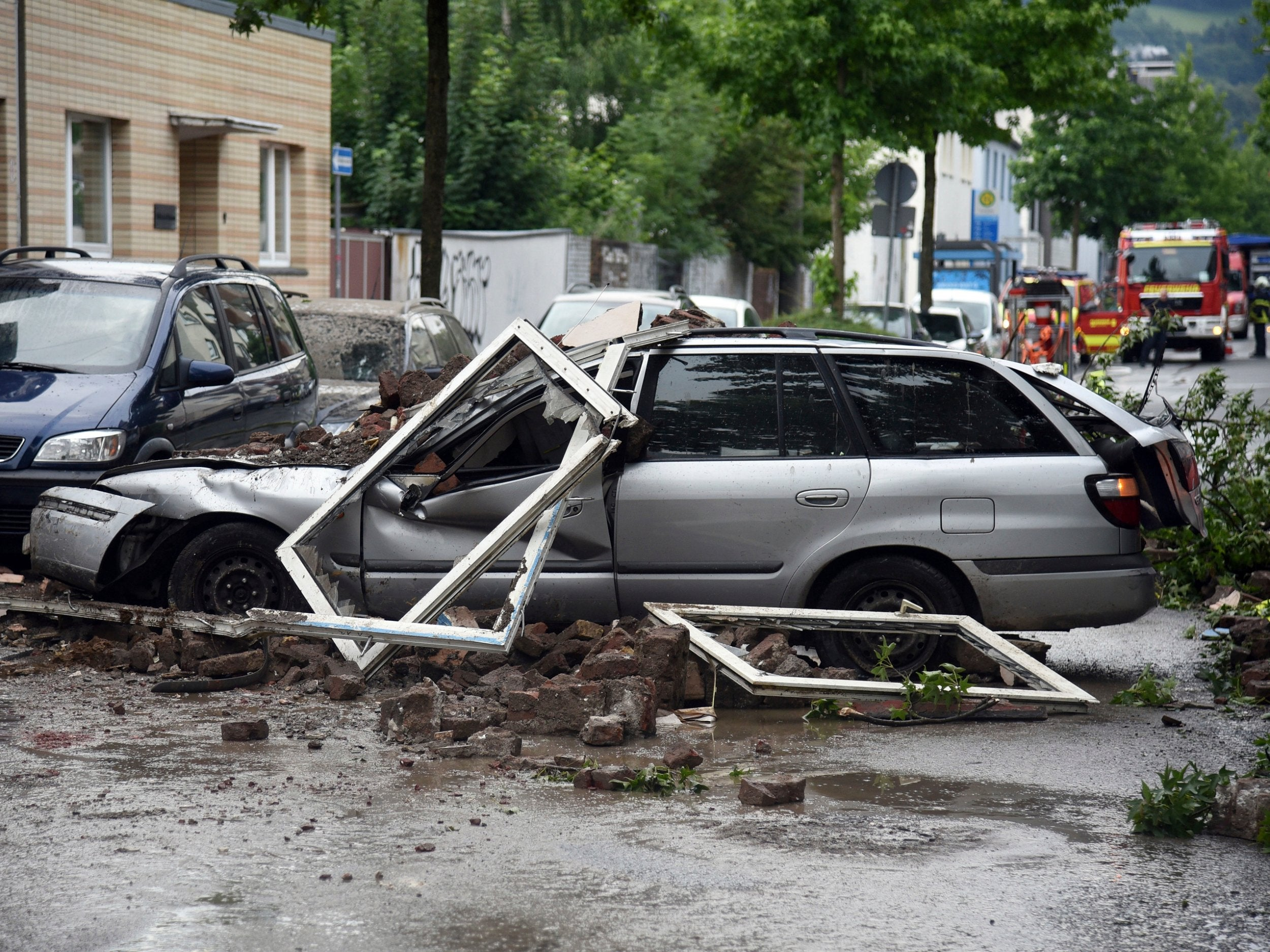 Germany explosion: Blast in Wuppertal destroys building and