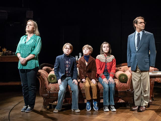 Jenna Russell, Charlie McLellan, Ramsay Robertson, Brooke Haynes, and Zubin Varla in 'Fun Home' at the Young Vic