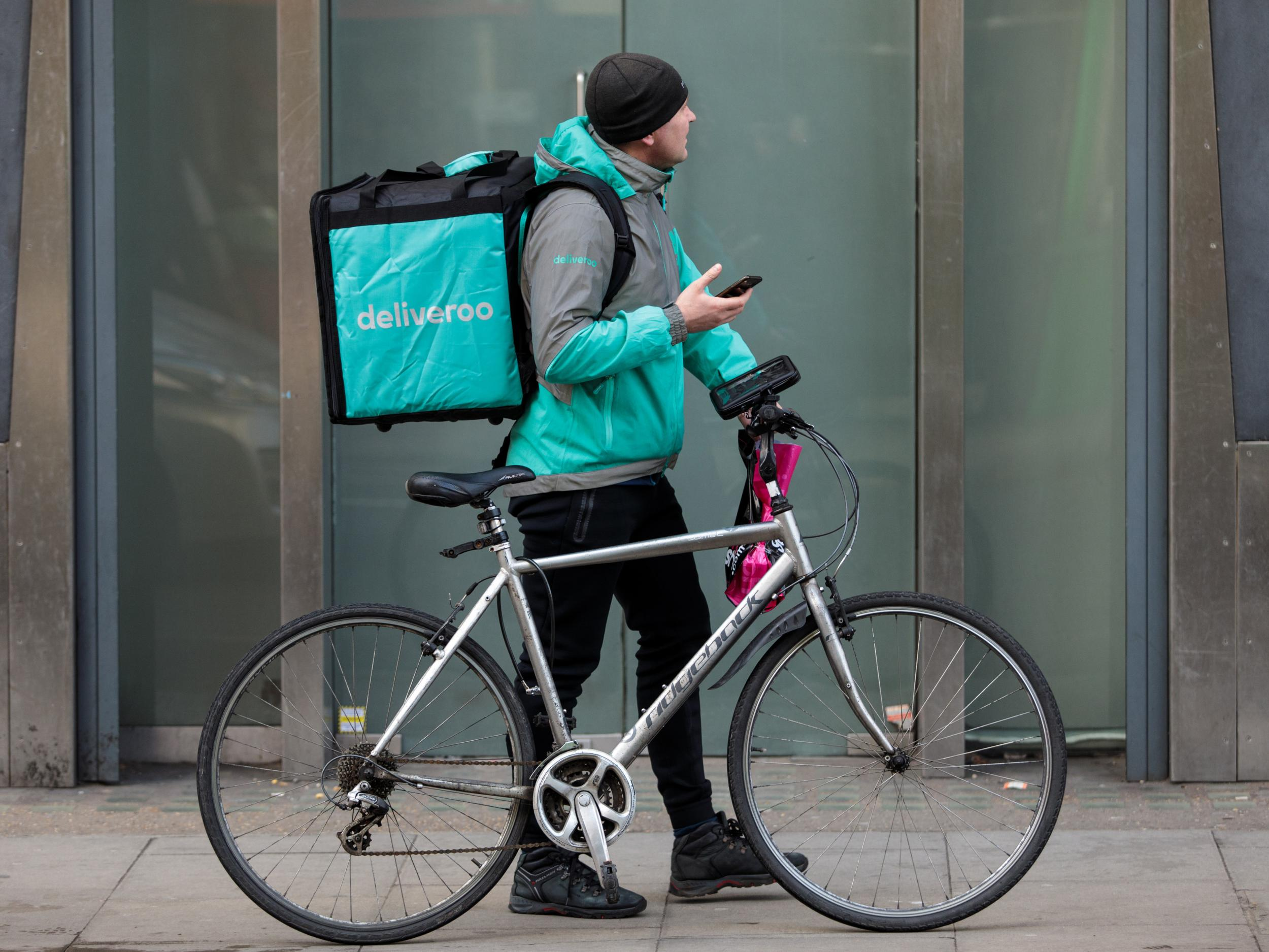 EU introduces new minimum rights for 'gig economy' workers like Uber drivers and Deliveroo riders