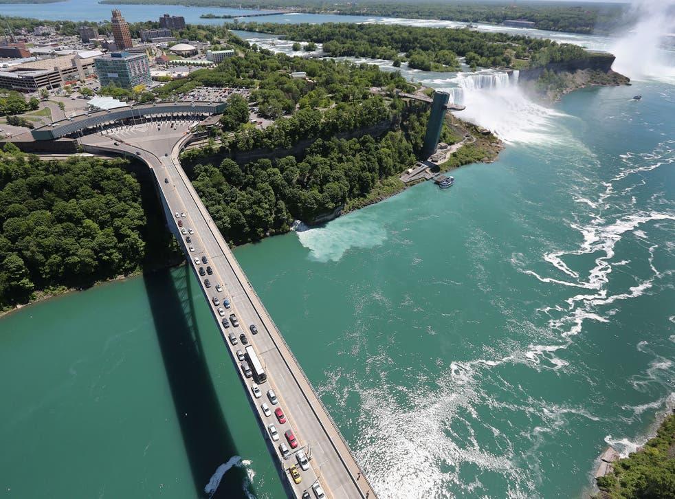 The Niagara Falls straddle the US-Canada border