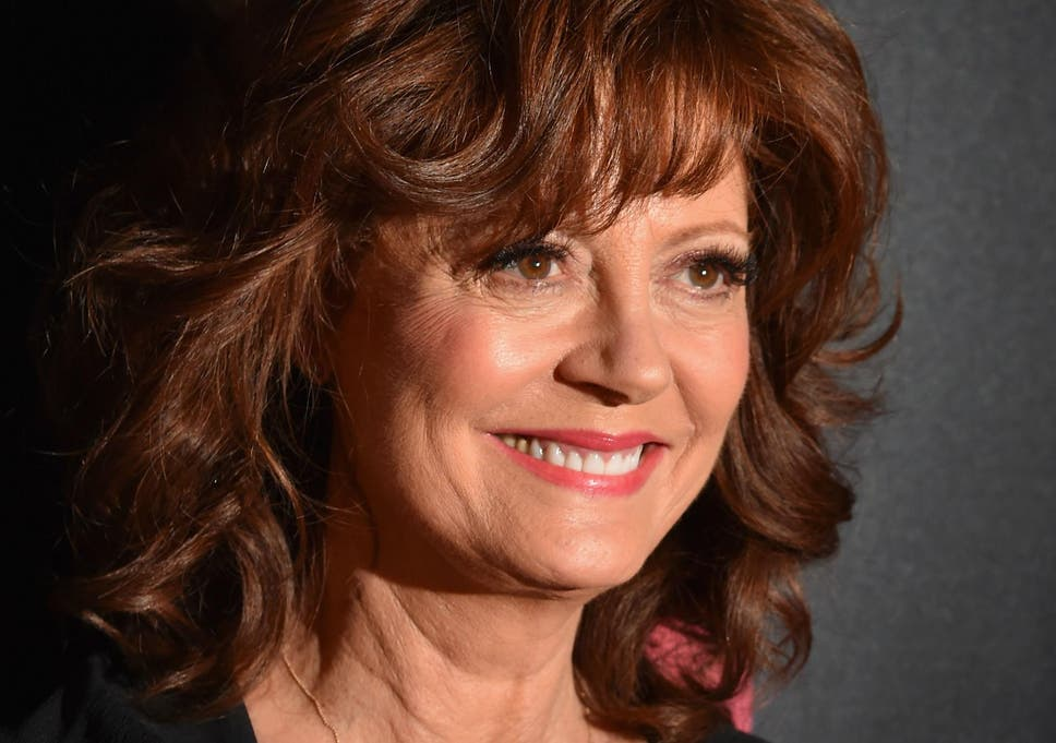 Susan Sarandon arrested along with over 500 women at Trump protest ...