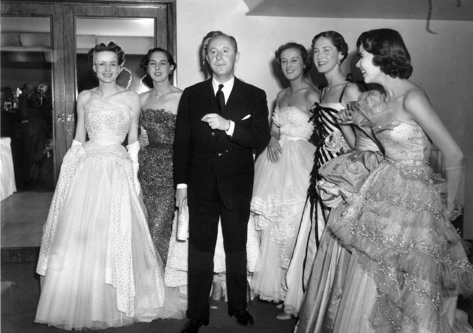 048a7089817 V A Museum to stage most expensive Christian Dior exhibition in UK ...