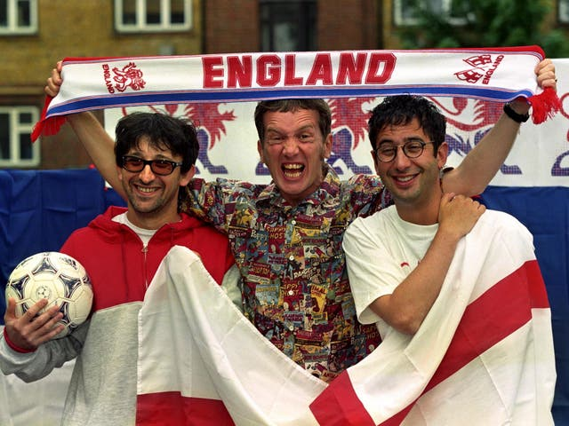 <p>Ian Broudie of The Lightening Seeds with comedians Frank Skinner and David Baddiel</p>