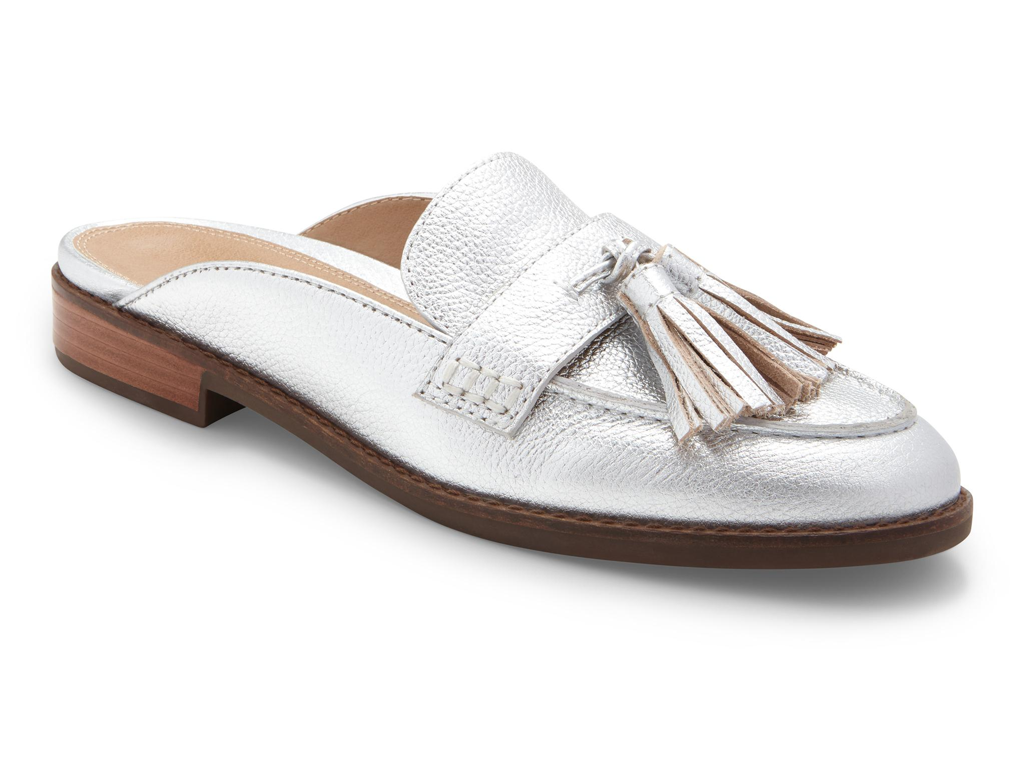 Best orthopaedic shoes for women guide: Keeping your feet