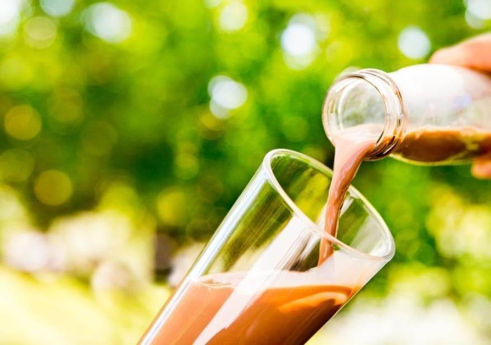 Chocolate milk better than sports drinks for post workout recovery chocolate milk better than sports drinks for post workout recovery study finds fandeluxe Image collections