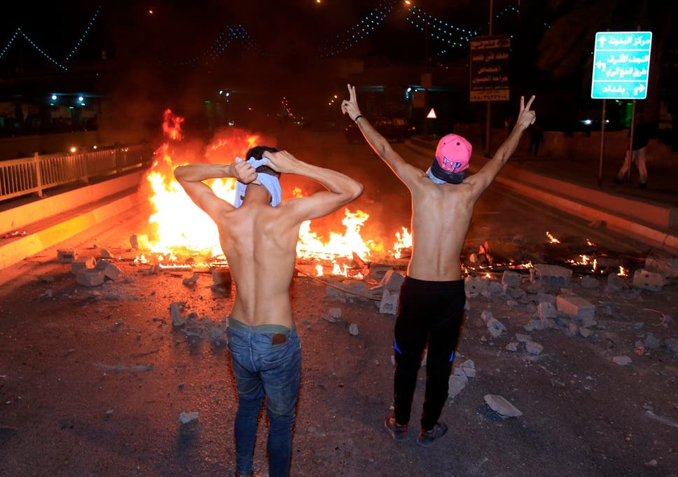 Iraq protests: Demonstrators blame 'bad government, bad roads, bad weather, bad people' Iraq-oil-protest