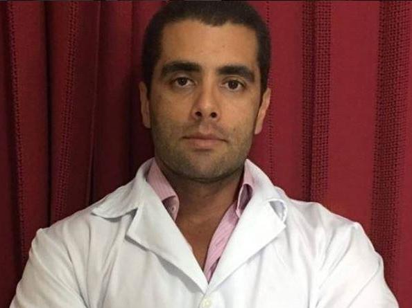 Brazilian plastic surgeon 'Dr Bumbum' on the run after patient dies following failed bottom enhancement