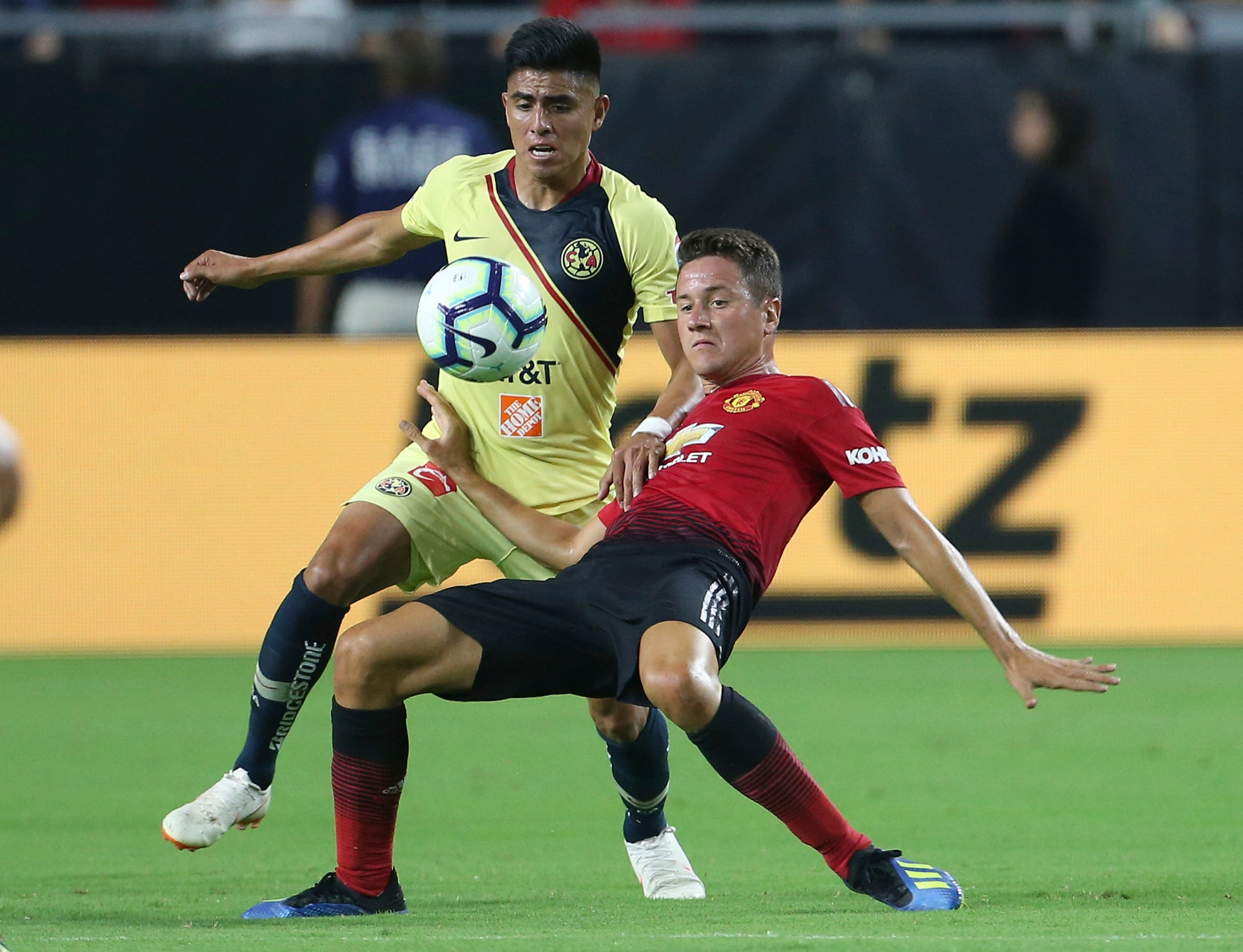 Juan mata saves manchester united from opening us pre season tour club america vs manchester united stopboris Image collections