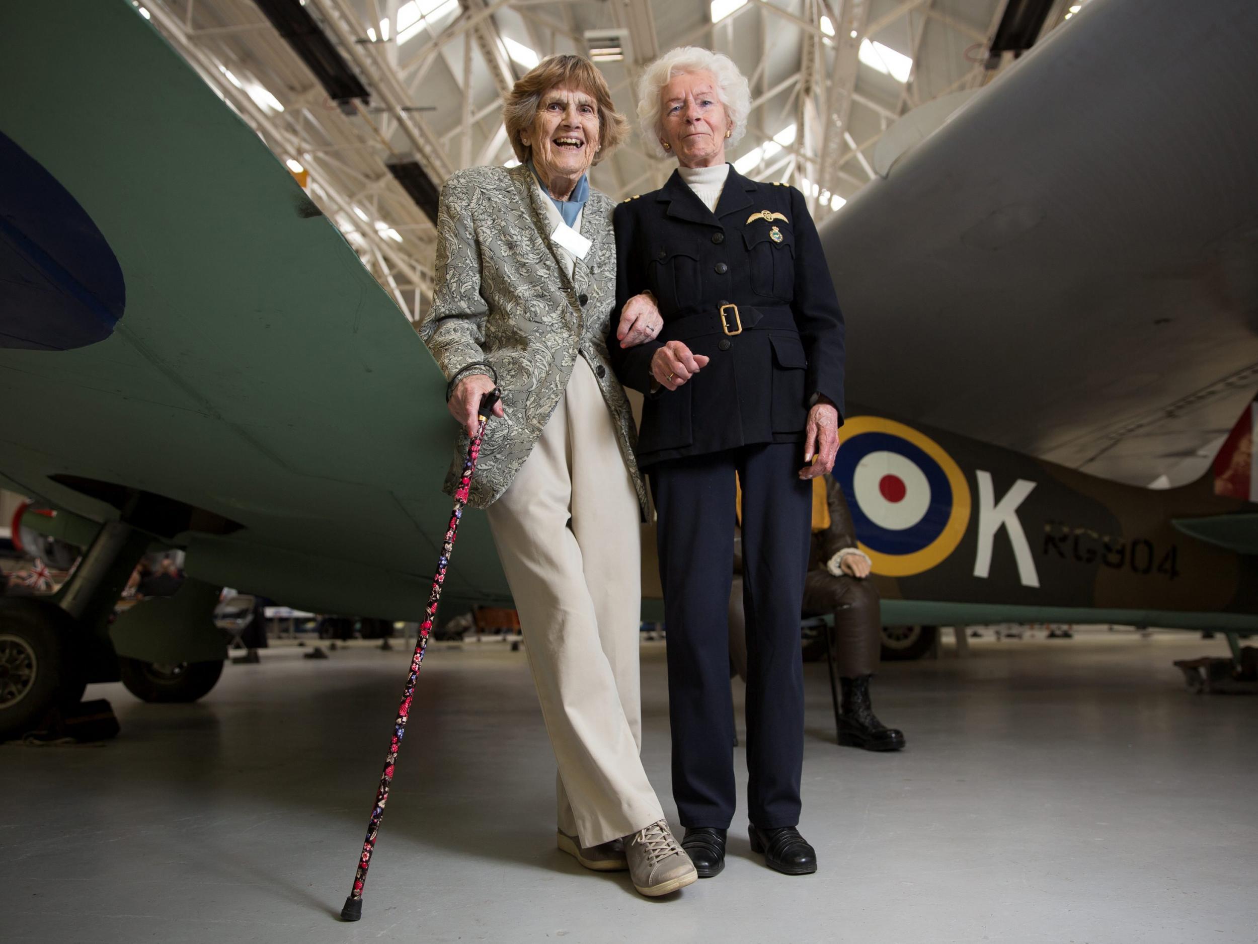 Spitfire Pilots WWII-Extraordinary Women