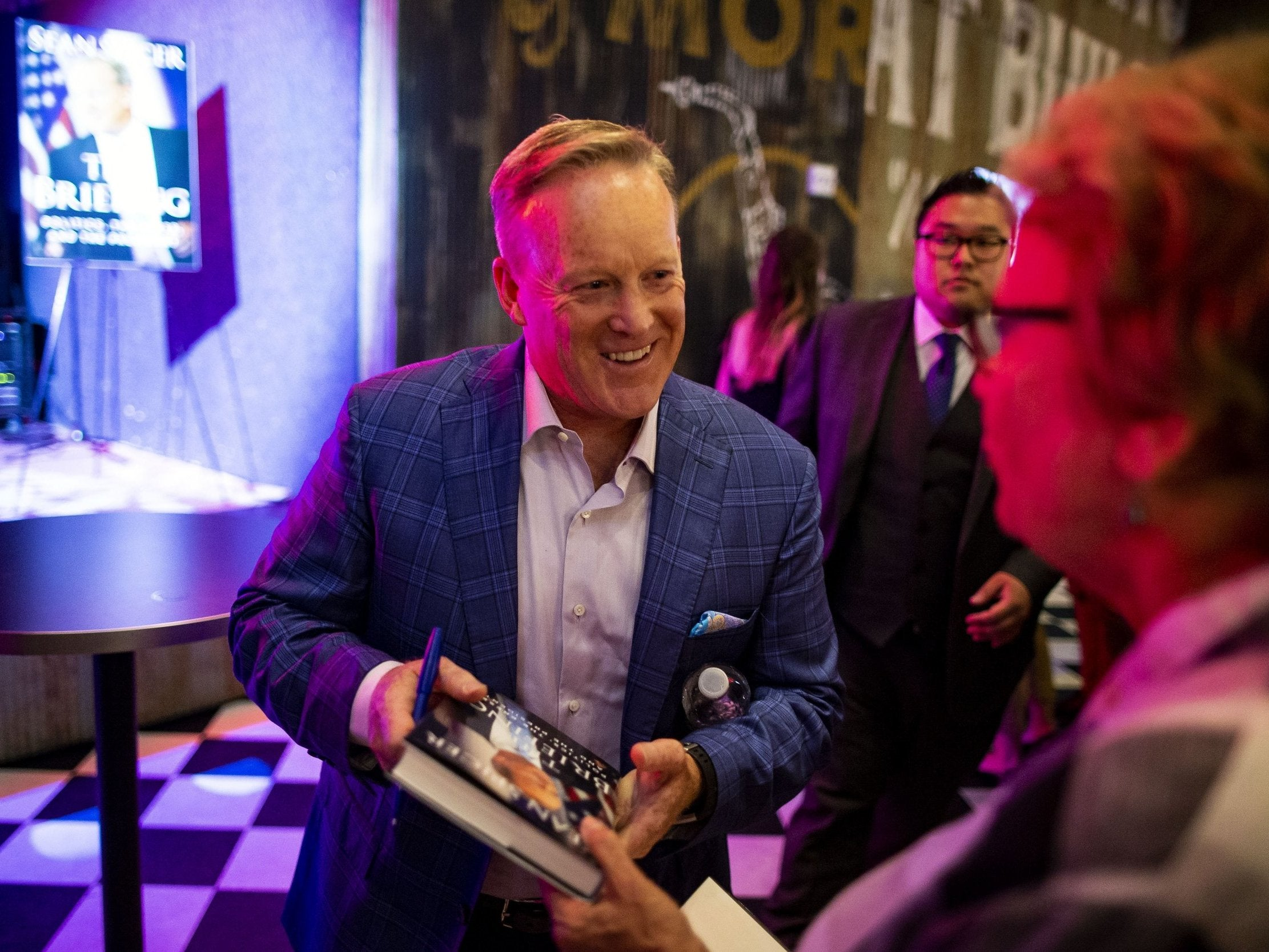 Sean Spicer accused by black man of calling him the N-word and trying to fight him while at school together