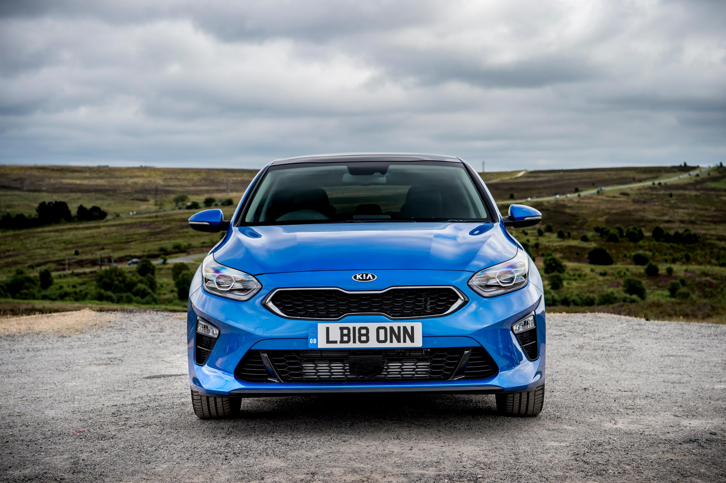 Kia Ceed Car Review Perfectly Competent Family Hatchback