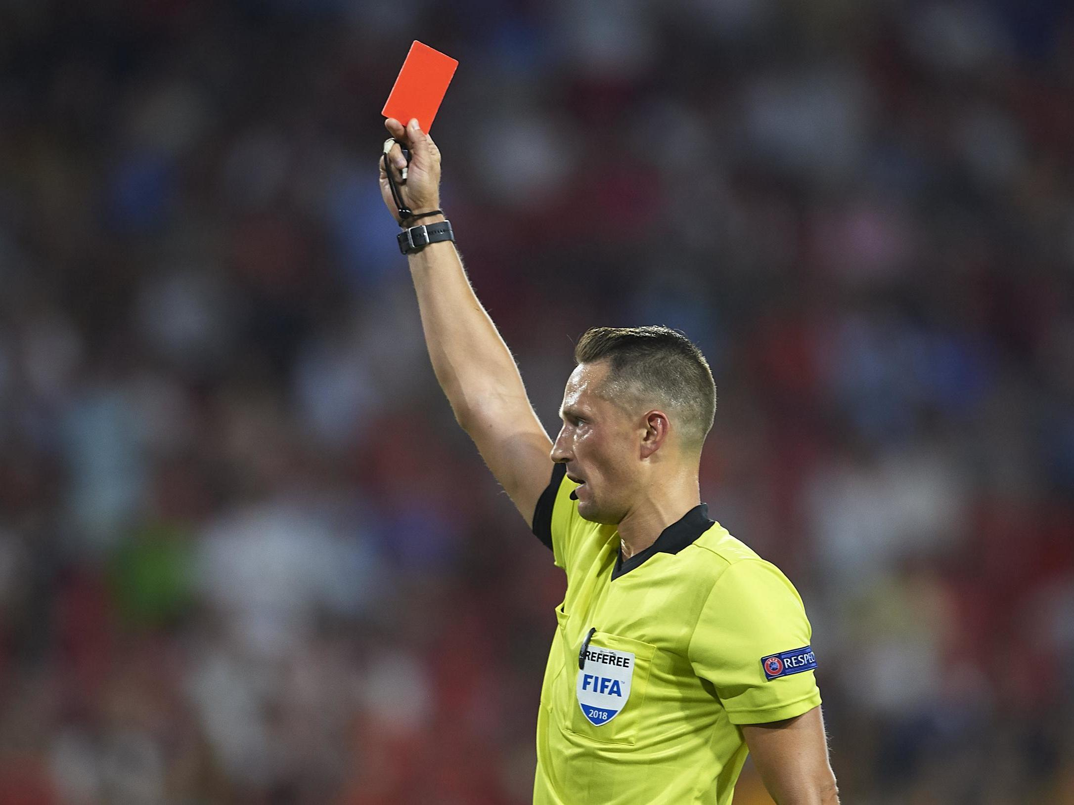 Managers to be subject to yellow and red cards under new disciplinary rules