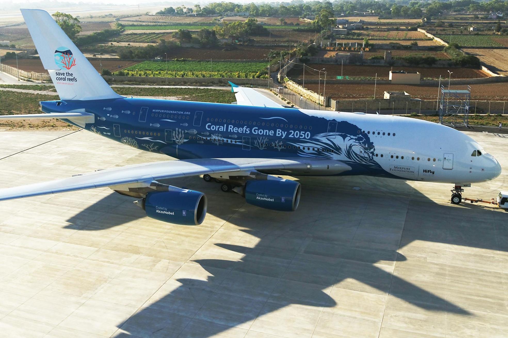 A380 flight: World's biggest passenger plane finally flies from London to New York City
