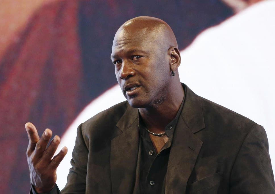 752f28b1395 Michael Jordan divides opinion with LeBron James statement and reference to   his community