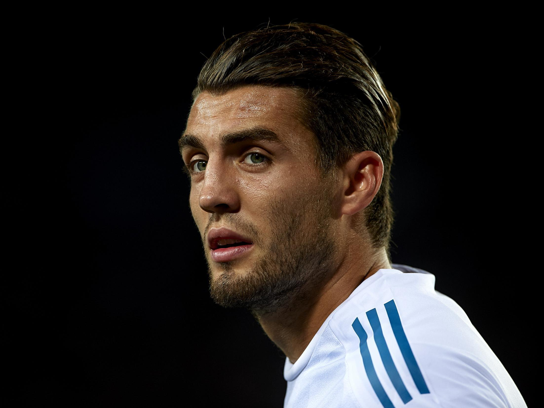 Real Madrid's Mateo Kovacic trying to force through move to Chelsea or City before Premier League deadline