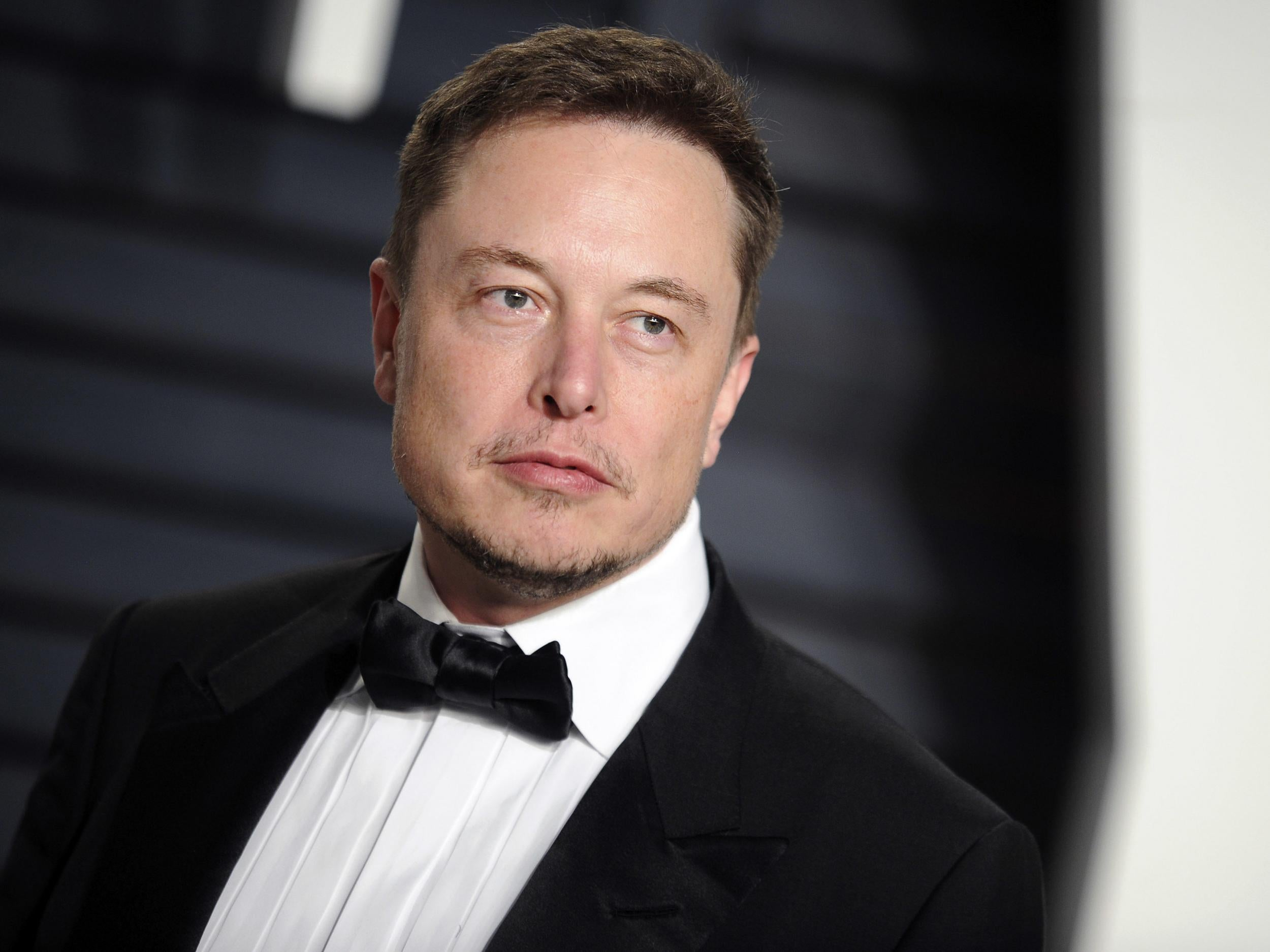 Elon Musk repeatedly breaks down in interview as he admits taking pills to sleep and explains bizarre Tesla tweet