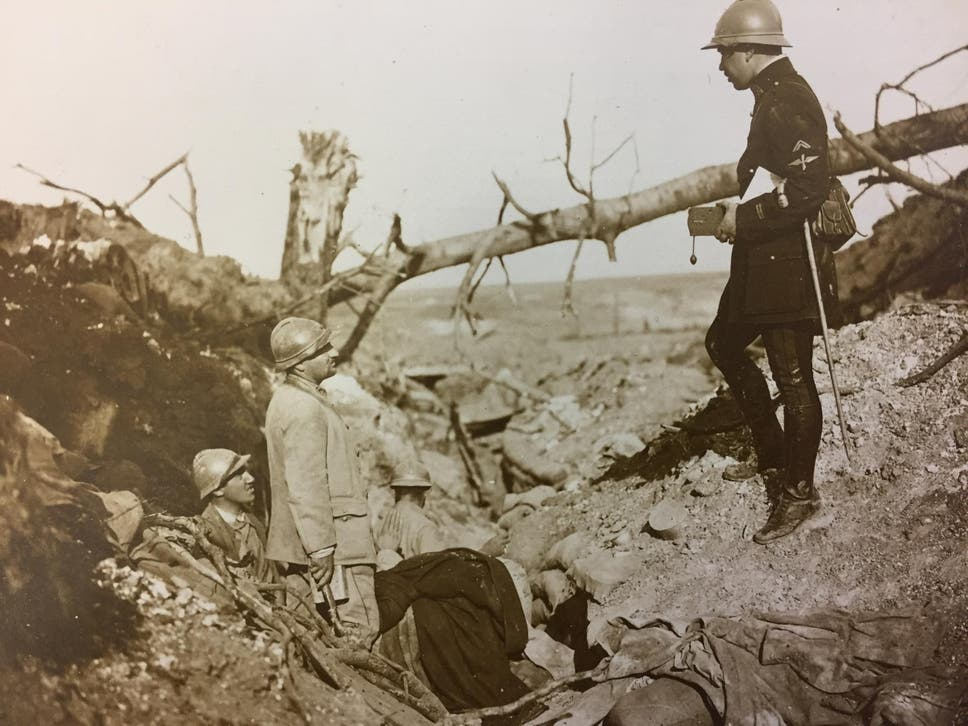 A hitherto unpublished photograph from the exhibition of the French army in the First World War