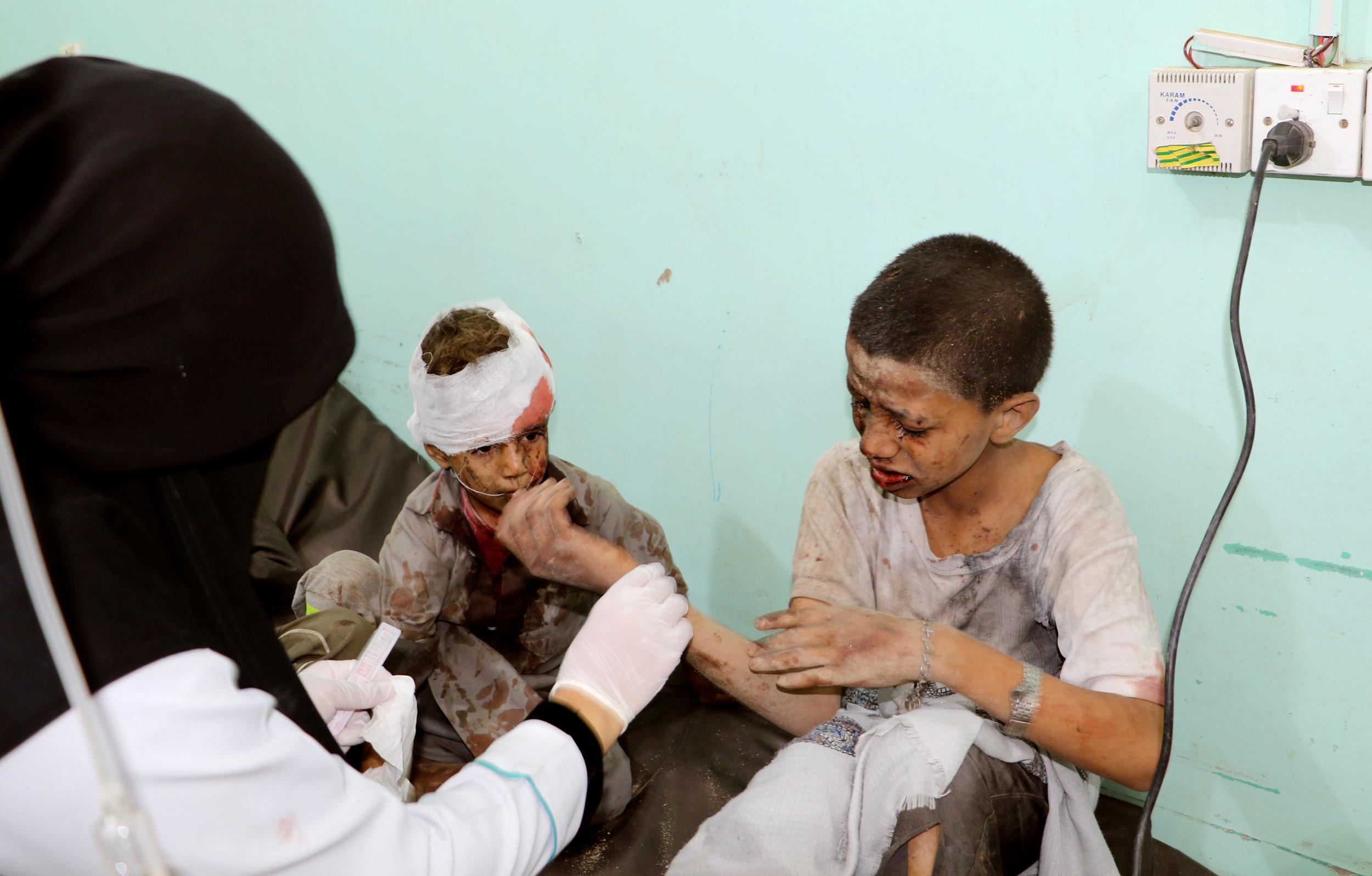 Saudi coalition airstrike hits school bus killing dozens of children in Yemen