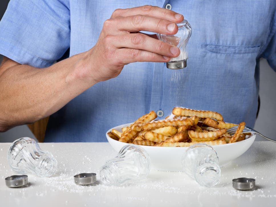 https://www.independent.co.uk/news/health/salt-diet-high-low-too-little-heart-disease-blood-pressure-lancet-study-a8485341.html