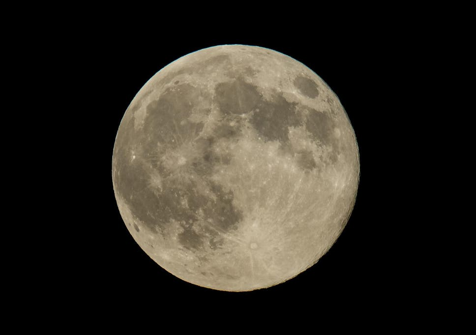 Scientists found evidence of ice in parts of the moon that never receive  direct sunlight