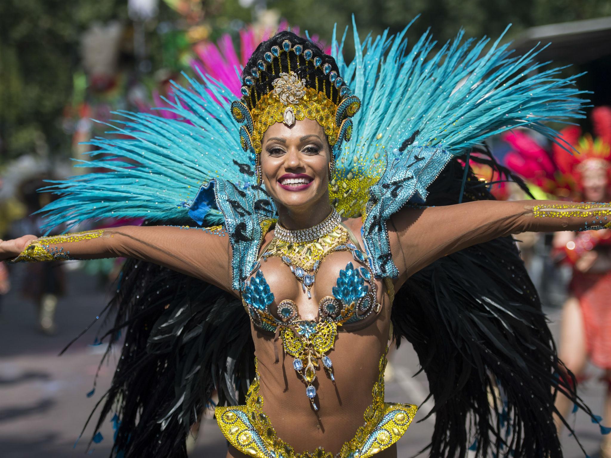 Порно бритые бесплатно карнавал бразилии