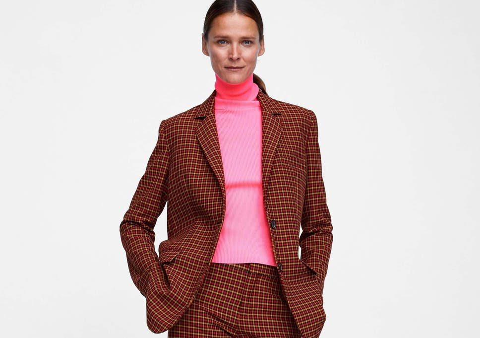 44558e69095 Neon  How to wear the 80s trend in 2018