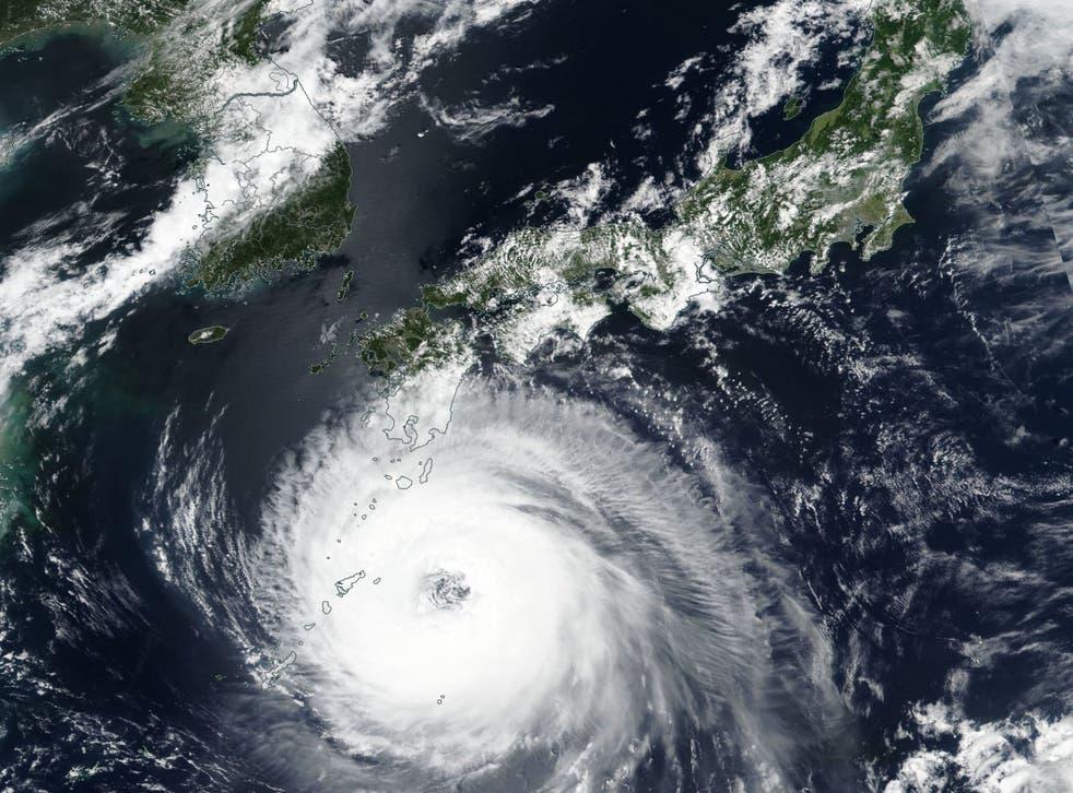 A satellite image of Typhoon Soulik approaching the Korean peninsula