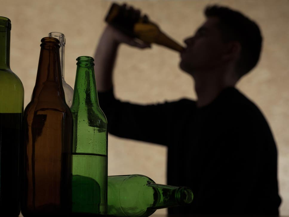 Students are worried that their peers might be alcoholics, survey finds