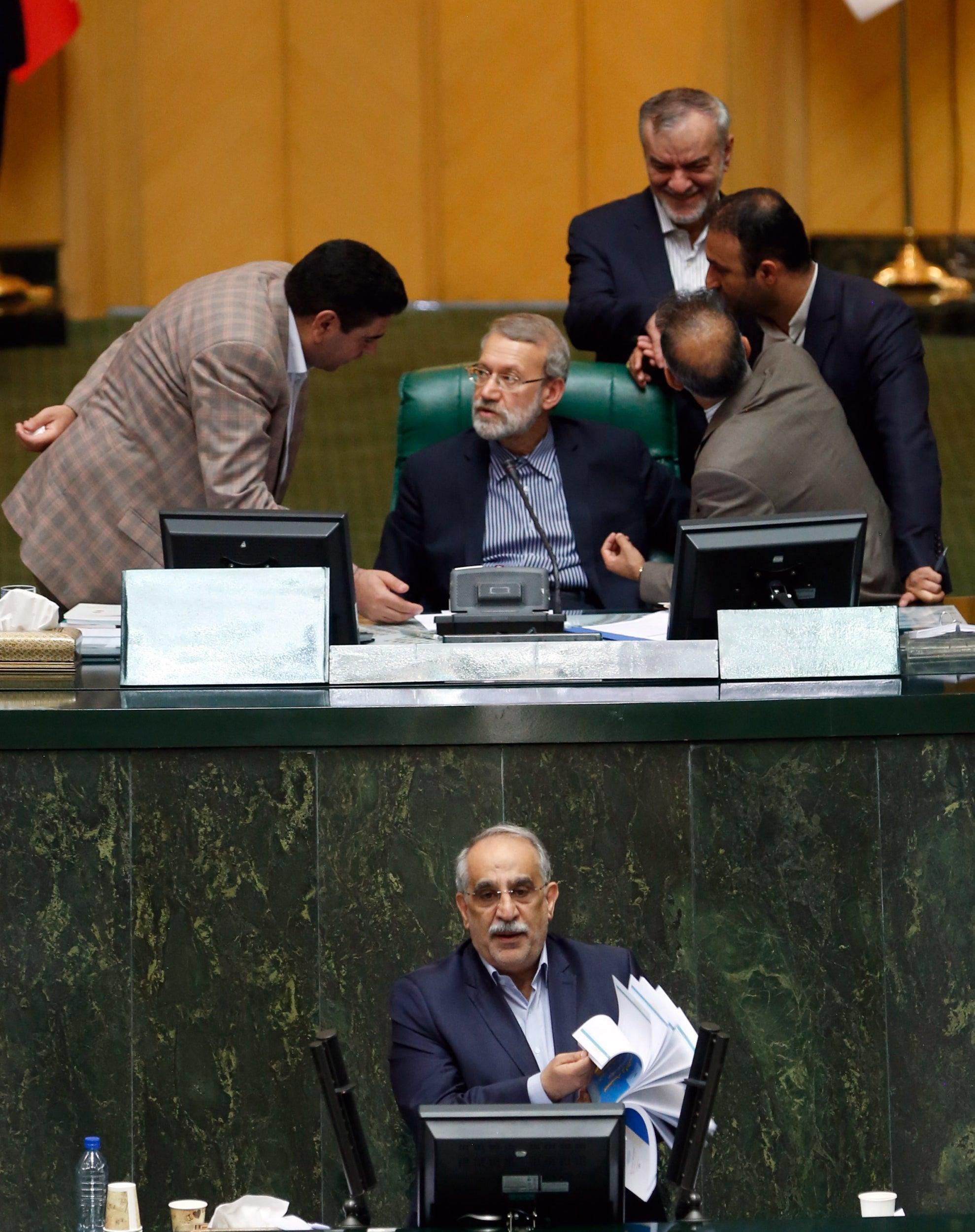 Brak i irans parlament