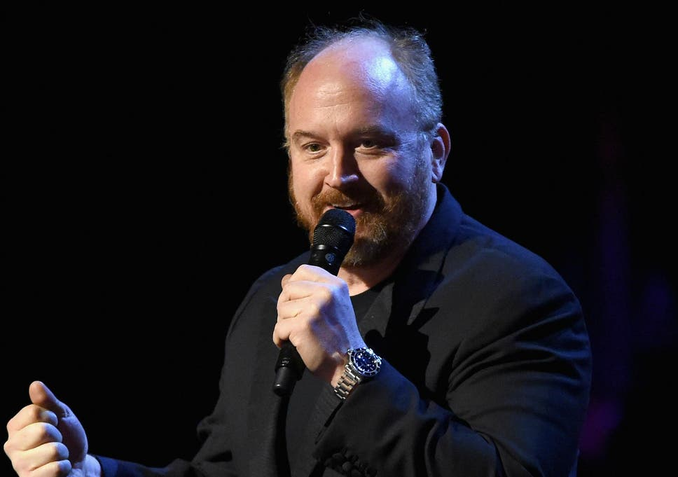 0631f755e704c5 Louis CK gets  standing ovation  at first comedy show since admitting  sexual misconduct