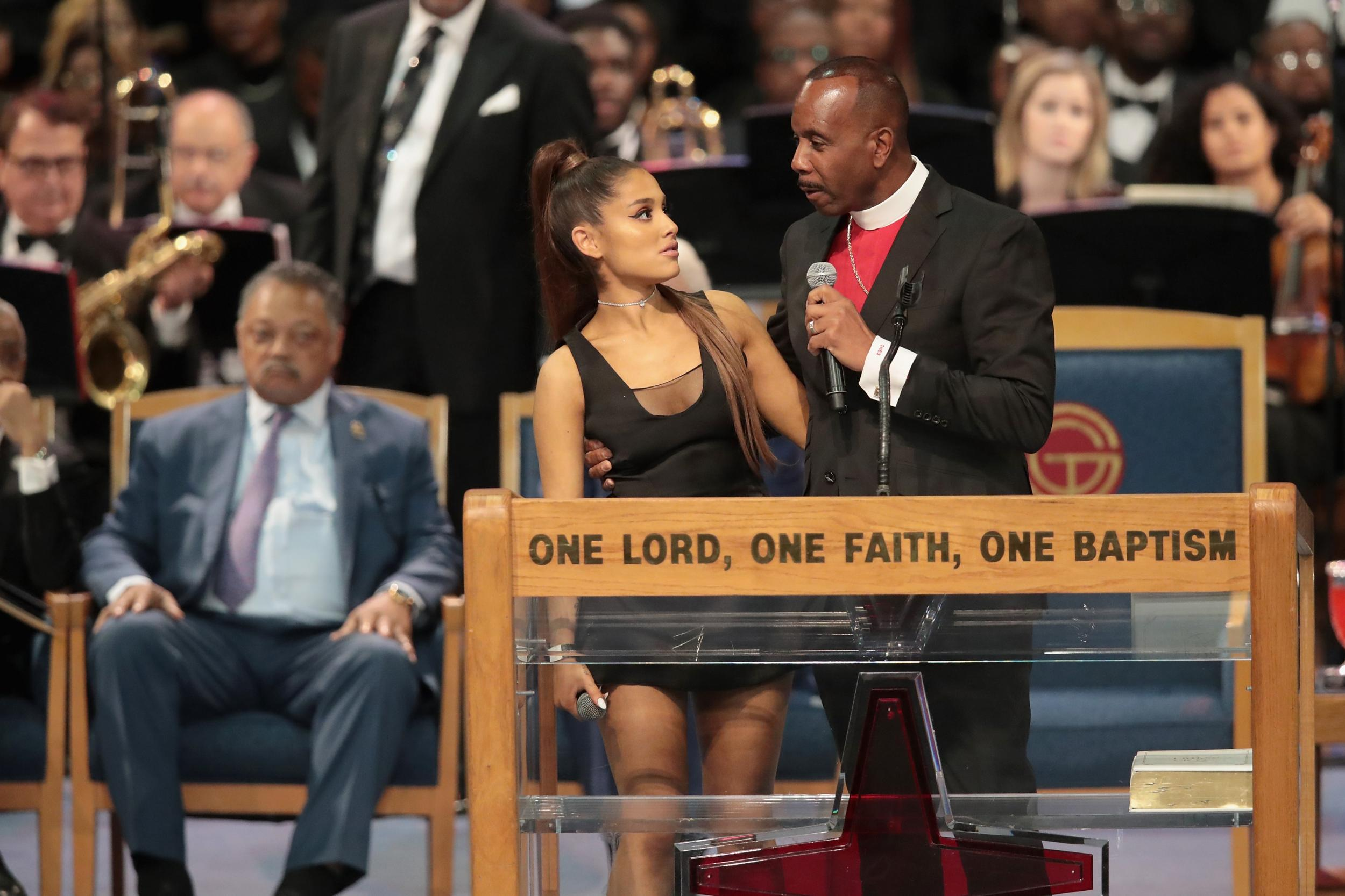 Aretha Franklin bishop apologises to Ariana Grande