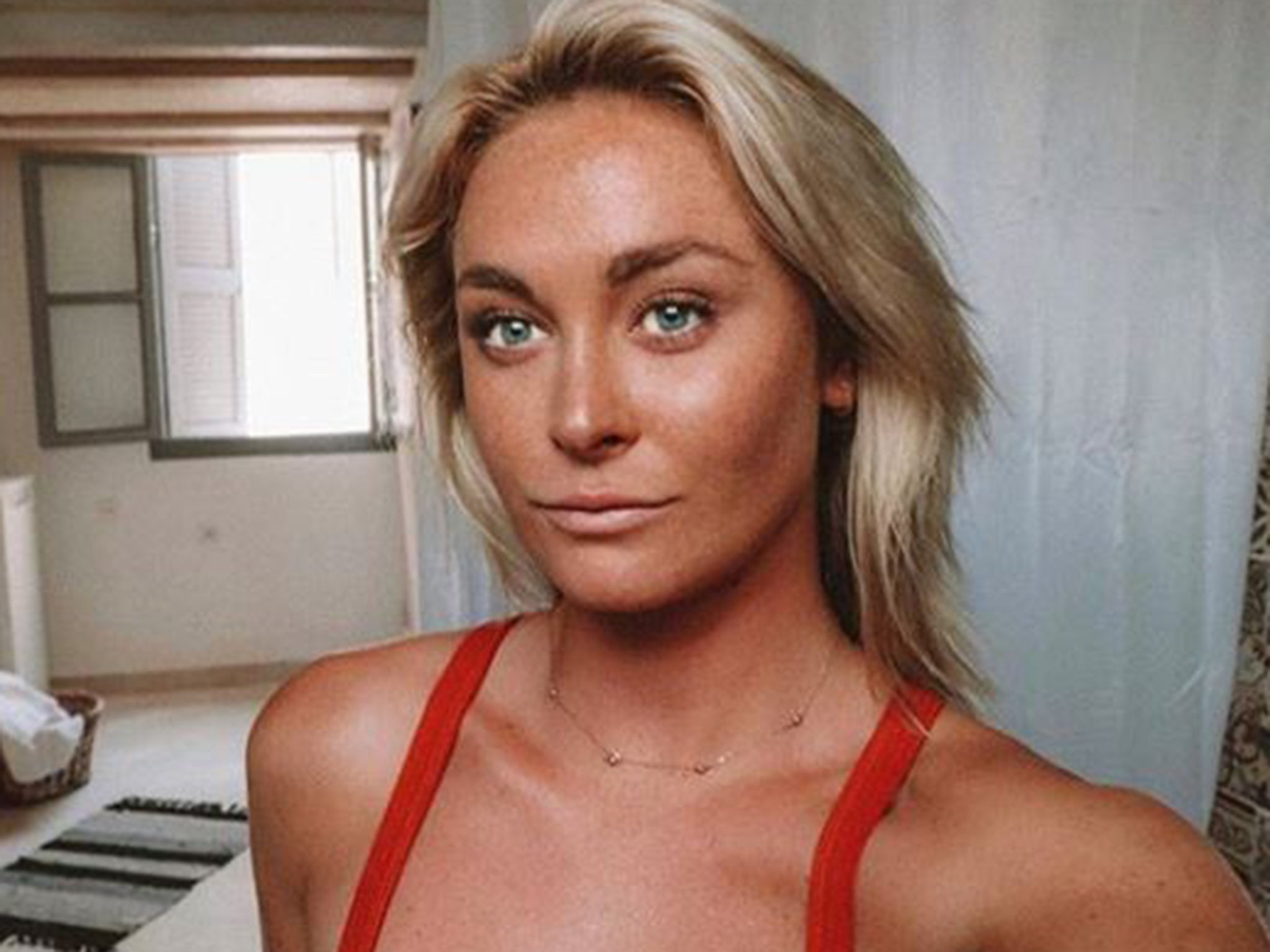 Dating 20 year old in Australia